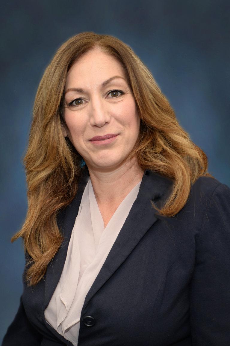 Portrait of Lisa Alexander, Staff Analyst